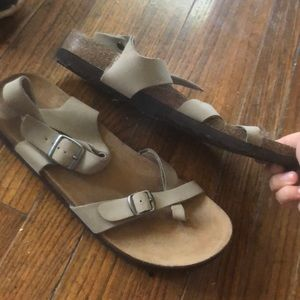 Wannabe Birkenstock's- JUST LIKE THE REAL DEAL!